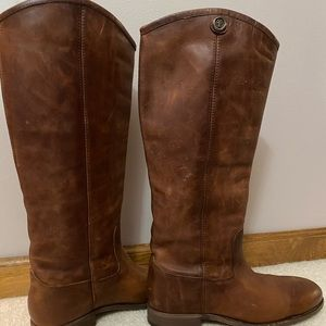 *NEW* Frye Melissa Button 2
